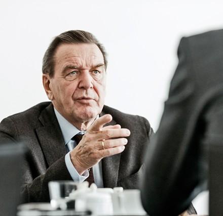 gerhard schröder / bundeskanzler ad / kunde: handelsblatt / hannover 2012 / fotograf: nils hendrik mueller