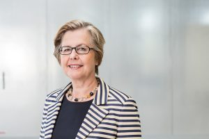 Dr. Margarete Haase, Board Member Deutz AG / Geschäftsbericht 2016 / Agentur : Kirchhof Consult / Köln 2016 / Foto: Nils Hendrik Mueller